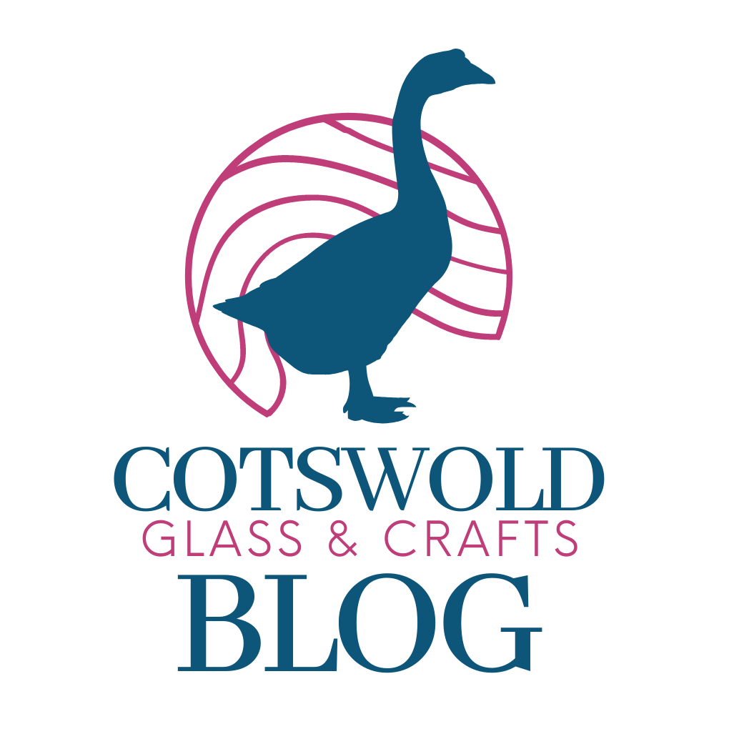 Blog button for Cotswold Glass and Crafts